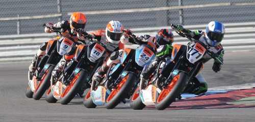 KTM Duke Battle race