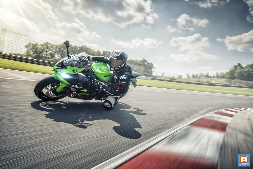 Kawasaki Verrast Met De Onthulling Van De Unieke Supersport Ninja Zx 6r