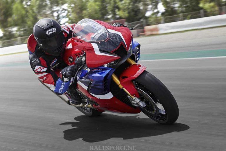 Honda-CBR1000RR-R_SP