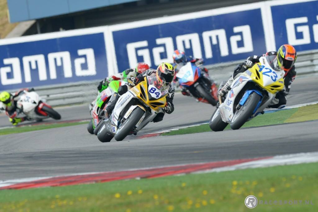 dutch-supersport-race