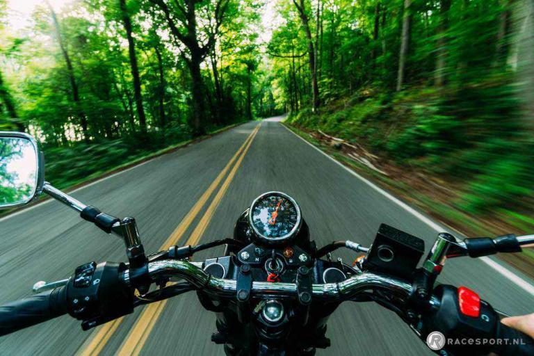 moto-pexels-photo-2519374